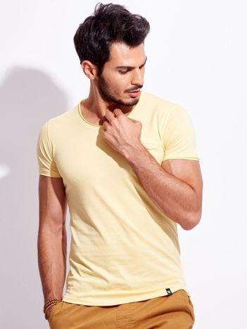 Żółty męski t-shirt basic z kieszonką