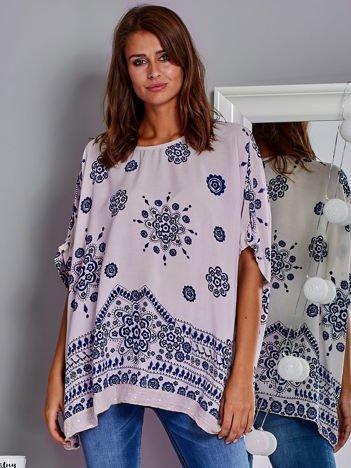 Zwiewna bluzka oversize z folkowym wzorem jasnoróżowa