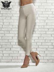 Beżowe spodnie rurki skinny