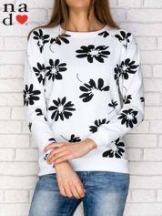 Biała bluza z nadrukiem kwiatowym