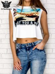Biały crop top z napisem JUST YOU & ME