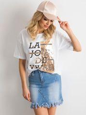 Biały damski t-shirt z aplikacją