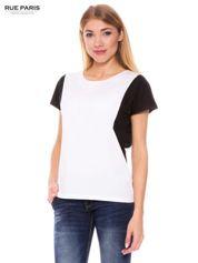 Biały t-shirt z kontrastowymi wstawkami na ramionach