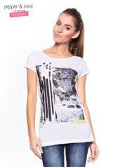 Biały t-shirt z nadrukiem i koronką z tyłu