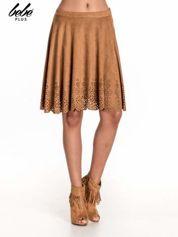 Camelowa zamszowa spódnica w stylu boho