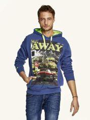 Ciemnoniebieska bluza męska z kapturem z napisem FAR AWAY