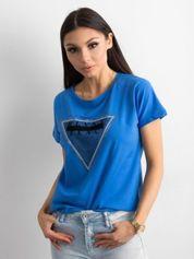 Ciemnoniebieski t-shirt z aplikacją i wycięciem z tyłu