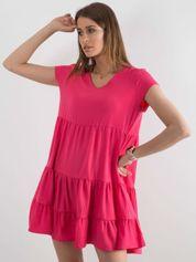 Ciemnoróżowa luźna sukienka z falbaną