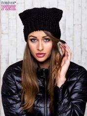 Czarna dziergana czapka