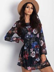 Czarna kwiatowa sukienka