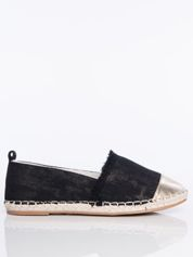 Czarne płócienne espadryle przecierane złotem, ze złotą wstawką  na przodzie buta