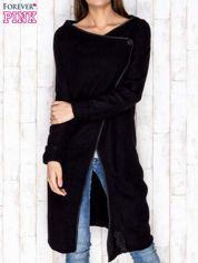 Czarny drapowany sweter