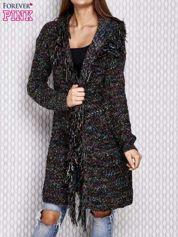 Czarny otwarty sweter z kolorową nitką