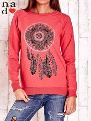 Czerwona bluza z łapaczem snów
