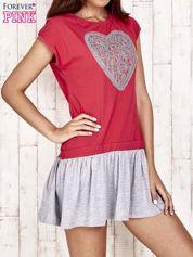 Czerwona dresowa sukienka tenisowa z sercem