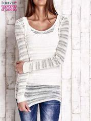 Ecru ażurowy dziergany sweter