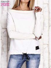 Ecru bluza z szerokim ściągaczem i troczkami