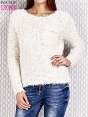 Ecru sweter fluffy z cekinami