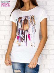 Ecru t-shirt z miejskim nadrukiem