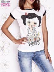 Ecru t-shirt z nadrukiem dziewczyny i dżetami