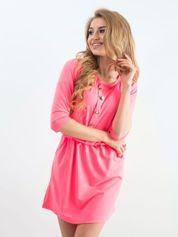 Fluo różowa sukienka z guzikami