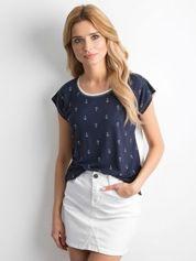 Granatowa koszulka w marynarskie wzory
