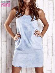 Jasnoniebieska sukienka jeansowa o kroju litery A