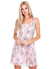 Jasnoróżowa rozkloszowana sukienka w kwiaty