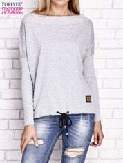 Jasnoszara bluza z szerokim ściągaczem i troczkami