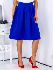 Kobaltowa spódnica midi z kontrafałdami