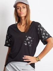 Luźny t-shirt V-neck z cekinami czarny