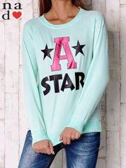 Miętowa bluza z napisem A STAR