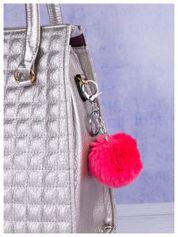 Puchaty brelok do kluczy,zawieszka do torebki pompon w kolorze malinowego różu (podwójne zapięcie kółko+ karabińczyk)