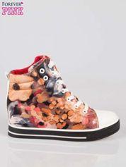 Butik Różowe kwiatowe sneakersy