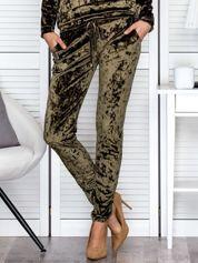 Spodnie dresowe khaki z weluru