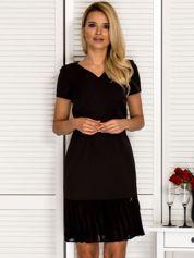 Sukienka V-neck z falbanką czarna