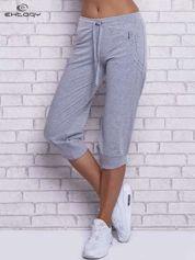 Szare spodnie capri z wszytą kieszonką