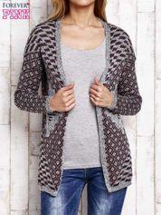 Szaro-bordowy sweter w etnicznym stylu