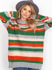 Szary sweter oversize w kolorowe paski