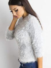 Szary sweter z długim włosem i cekinami