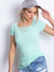 T-shirt miętowy z drobnymi rozcięciami