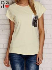 T-shirt ze srebrną aplikacją i gwiazdą żółty