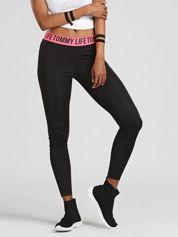 TOMMY LIFE Czarno-różowe legginsy