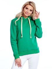 Zielona bluza z kapturem i troczkami