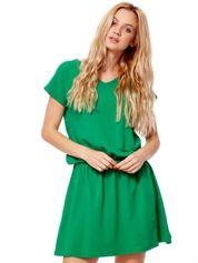 Zielona sukienka V-neck z gumką w pasie