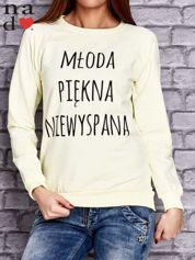 Żółta bluza z napisem MŁODA PIĘKNA NIEWYSPANA