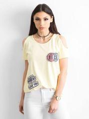 Żółty t-shirt z naszywkami
