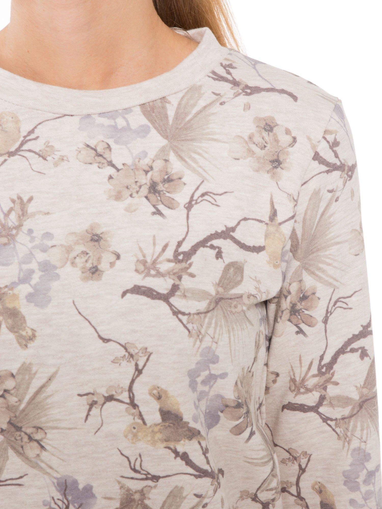 Beżowa bluza z nadrukiem all over floral print                                  zdj.                                  5