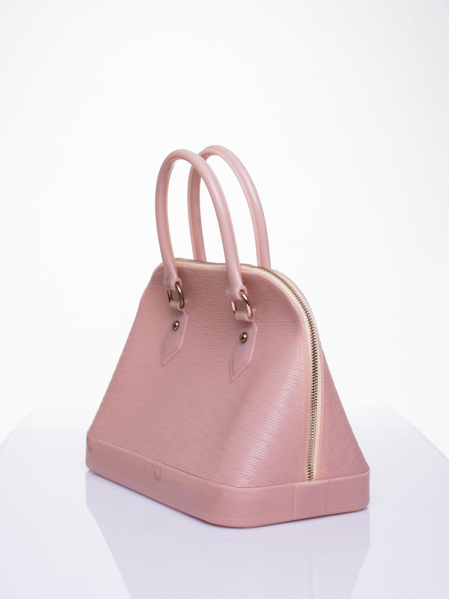 Beżowa fakturowana torba gumowa kuferek z rączką                                  zdj.                                  2