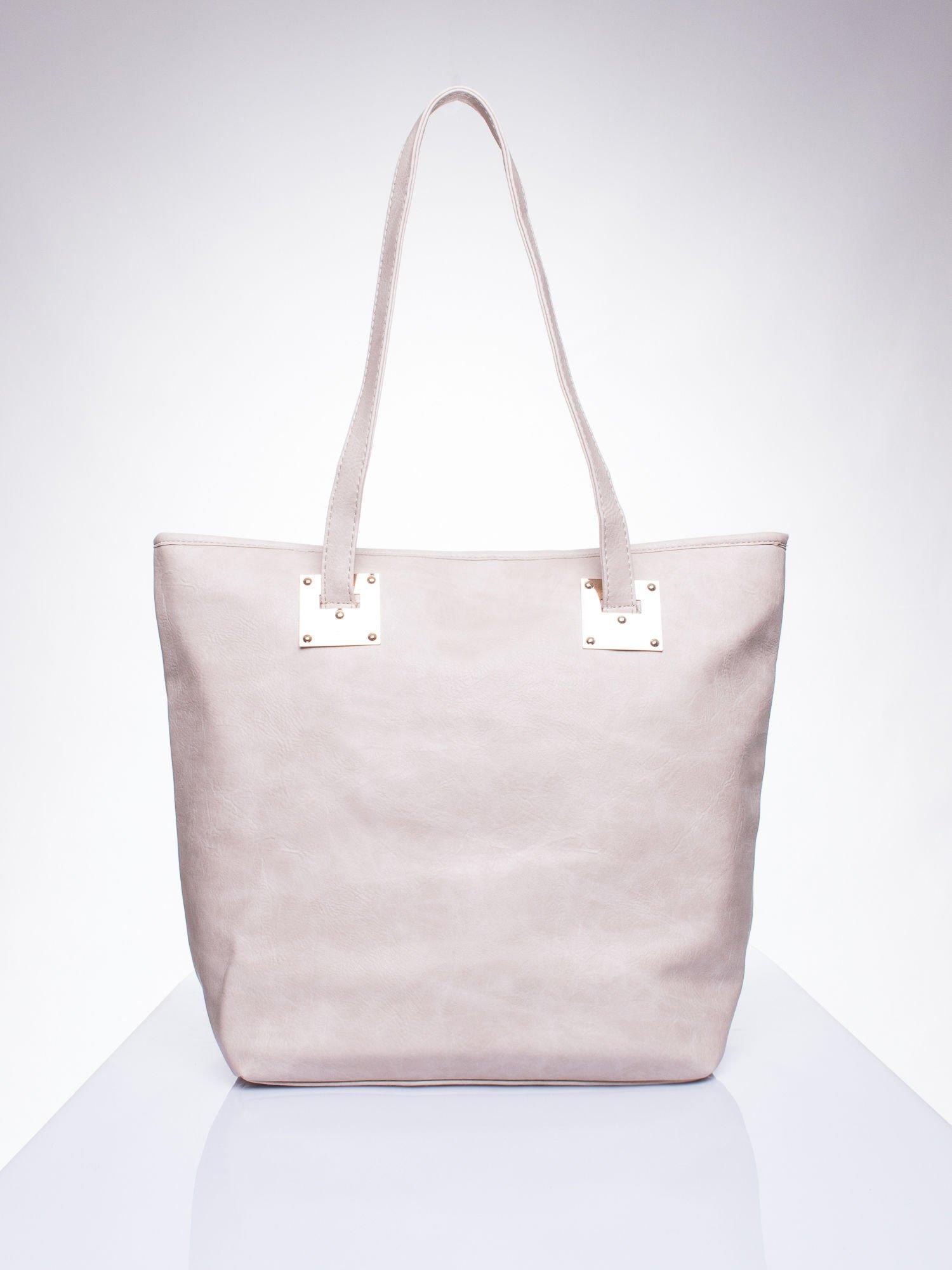 Beżowa prosta torba shopper bag ze złotymi okuciami                                  zdj.                                  1